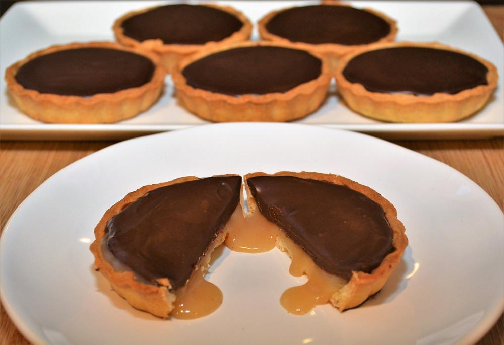 Gooey Dark Chocolate Salted Caramel Mini Tarts
