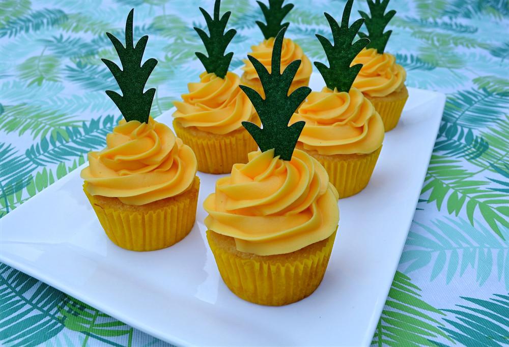 Summer Pineapple Cupcakes