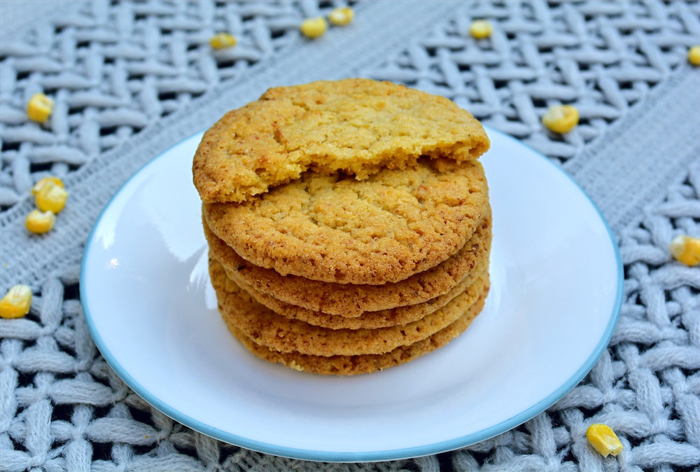 Sweet & Salty Corn Cookies