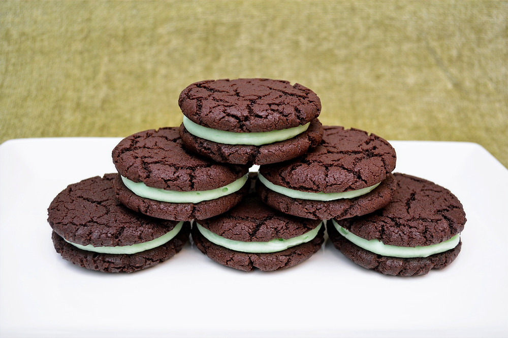 Homemade Mint Chocolate Oreos