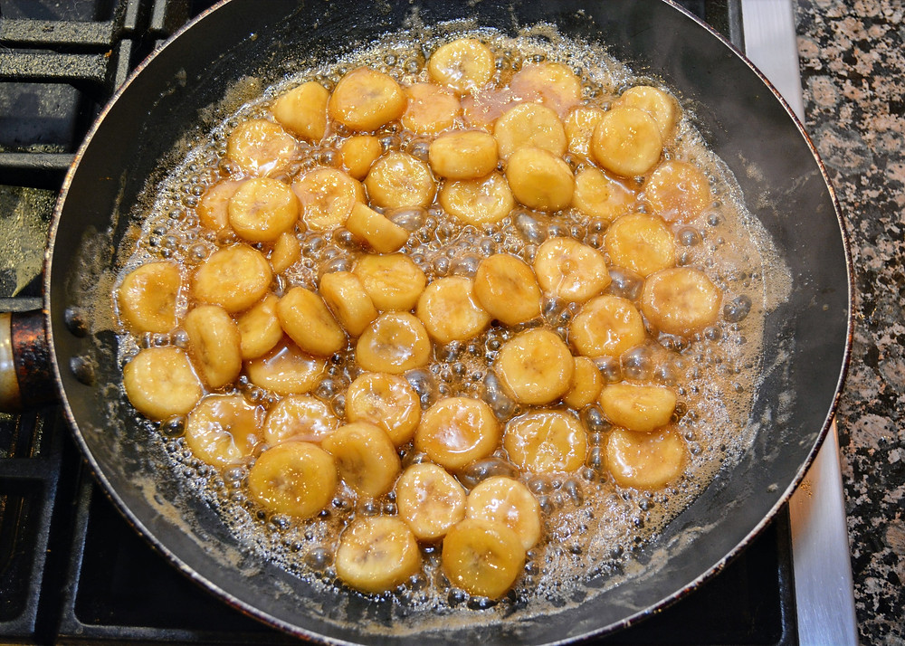 Rum Caramel Sauce for Bananas Foster Bread Pudding