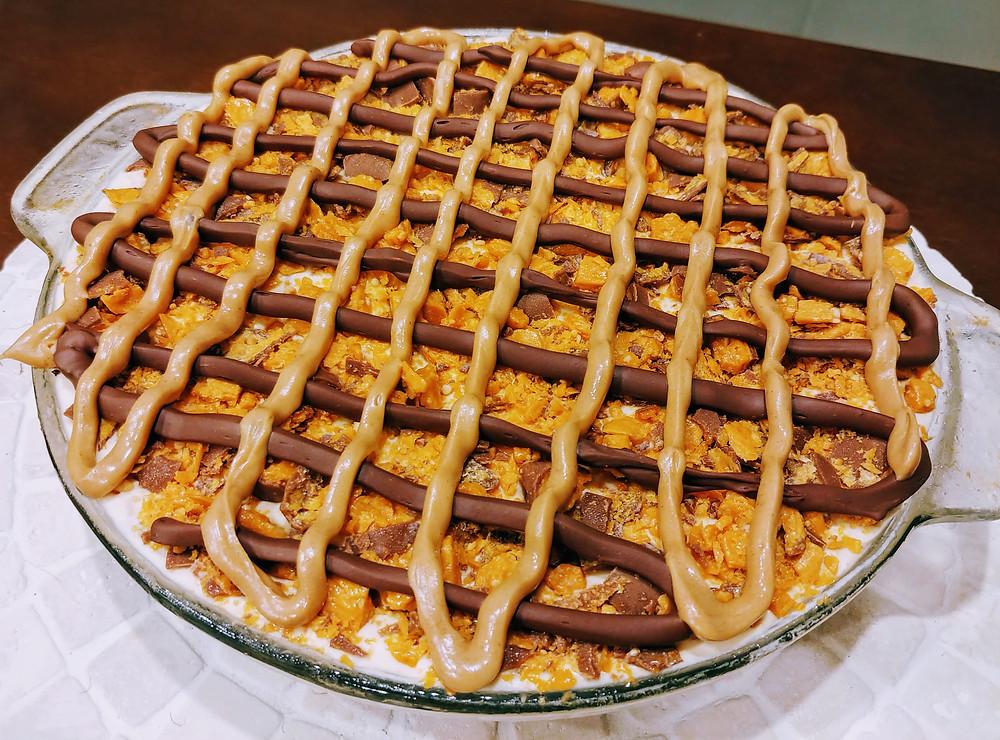 No-bake Frozen Butterfinger Pie