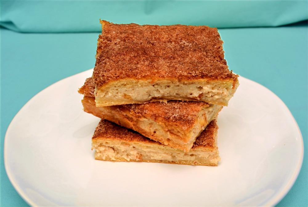Cinnamon Sugar Sopapilla Cheesecake Bars
