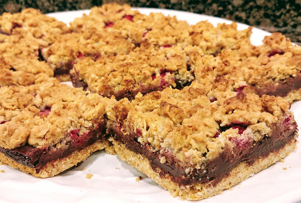 Raspberry Dark Chocolate Oat Bars with Oat Crust and Oct Crumble