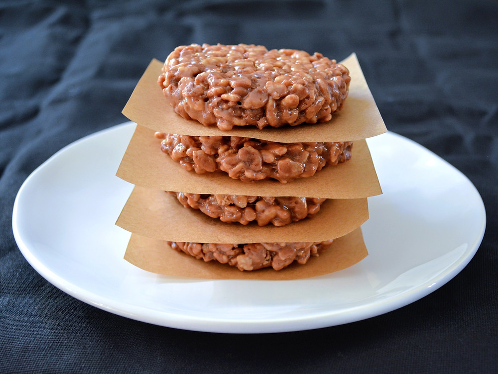 Chocolate Caramel Star Crunch Cookies