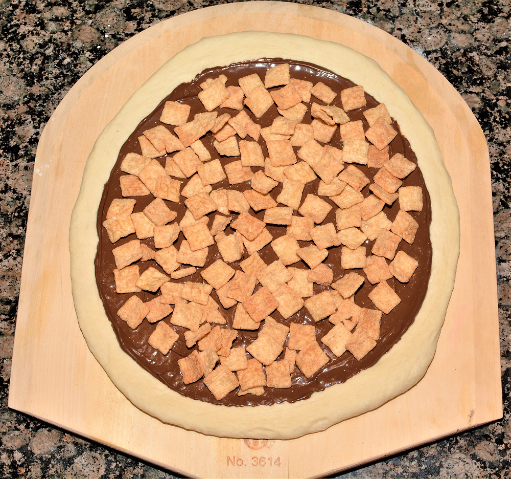 Cinnamon Toast Crunch Cereal layer of S'mores Pizza