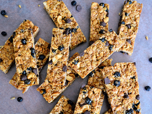 Chewy Cashew, Coconut, Blueberry Granola Bars