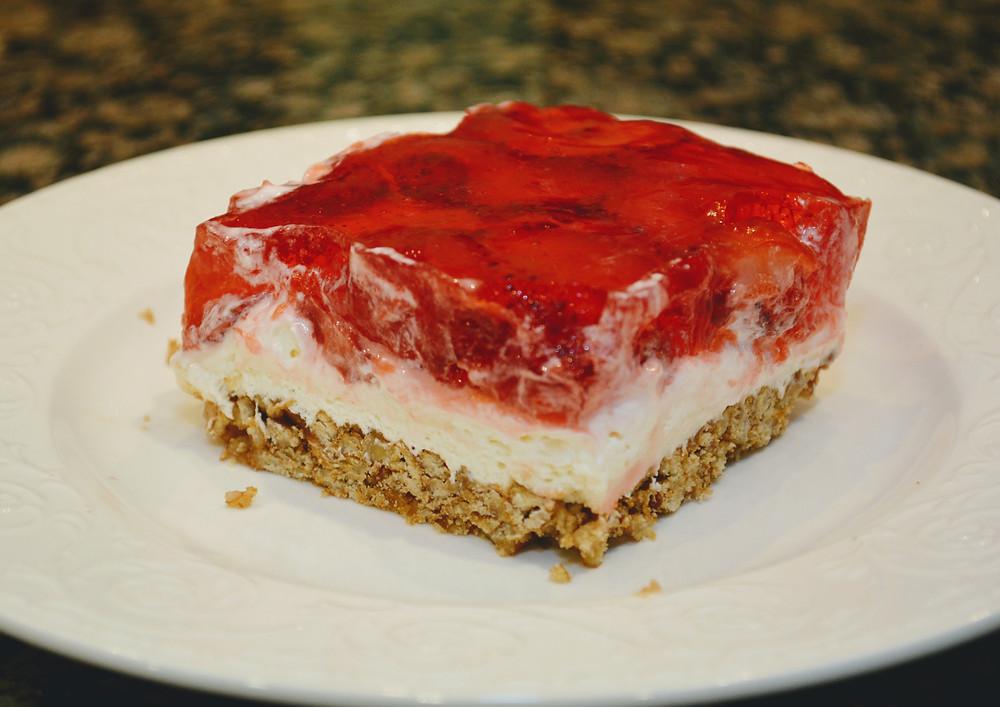 Sweet and Salty Strawberry Pretzel Salad Bars with Pretzel Crust