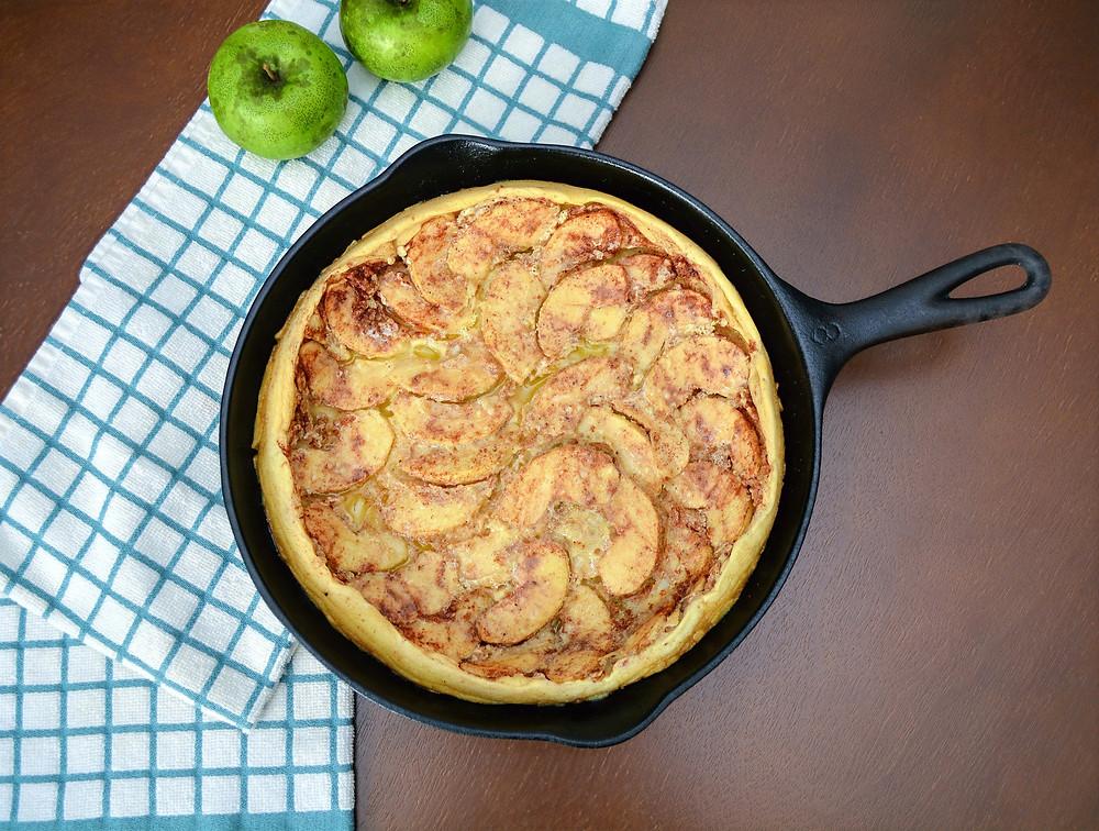Custard Souffle-like German Apple Pancake
