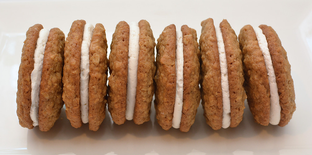 Chewy Oatmeal Cream Pies