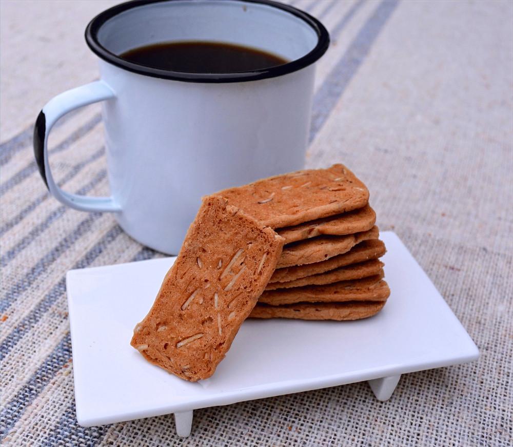 Addicting Almond Thin Cookies
