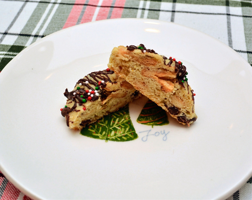 Plated Cannoli Cookie