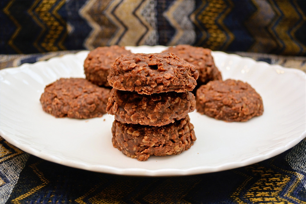 Simple No-bake Chocolate Cookies