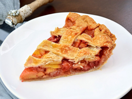 Strawberry Guava Lattice Pie
