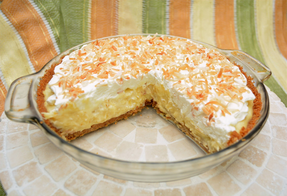 Pina Colada Pineapple Coconut Cream Pie