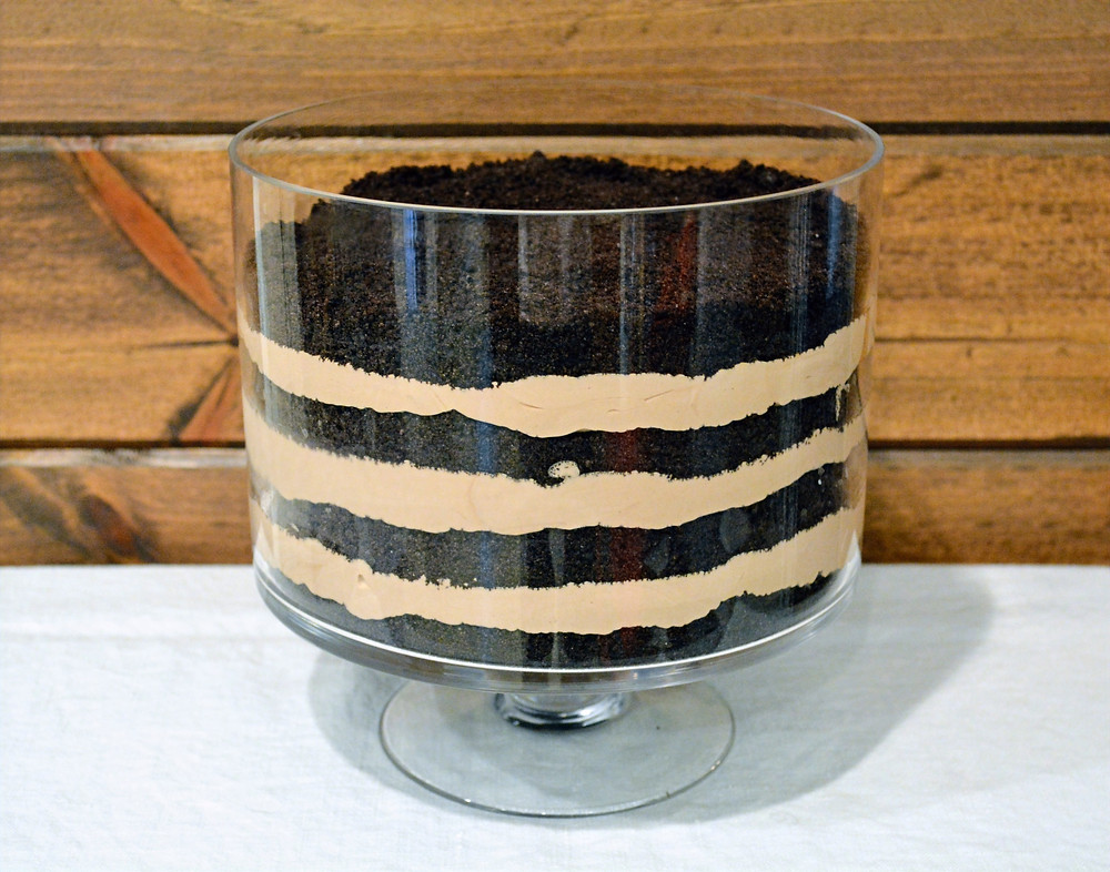 Easy Oreo Dirt Pudding Trifle