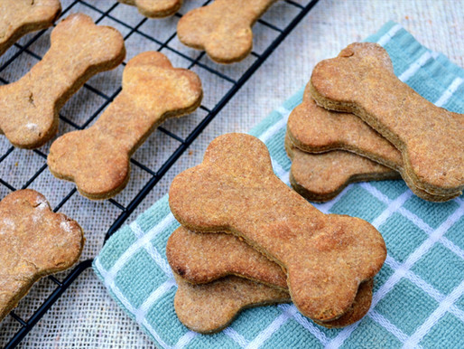 Peanut Butter Banana Dog Cookies