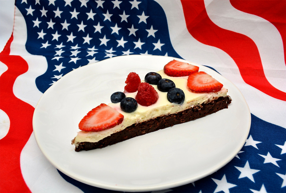 Patriotic Berry Brownie Pizza for the 4th of July