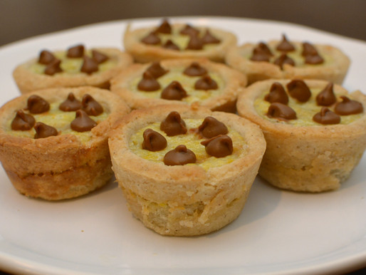 Cinnamon Chip Cream Cheese Cookie Cups
