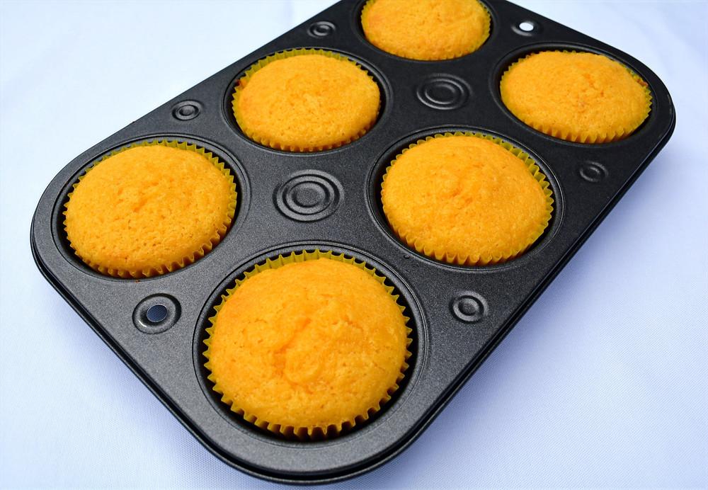 Easy Pineapple Cupcakes