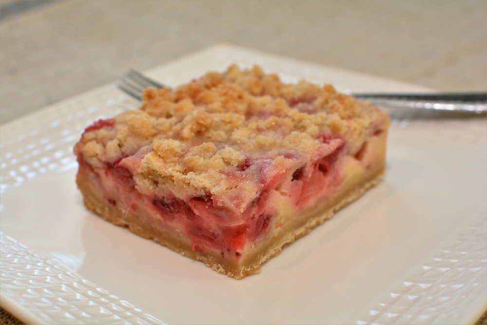 Strawberry Lemon Crumb Bars with Shortbread Crust