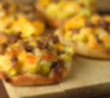 english-muffin-breakfast-pizza-feature.j