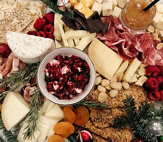 holiday-charcuterie.jpg