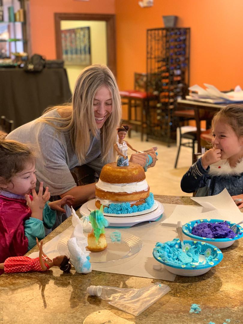 Mommy & Me Princess Cake Decorating Class