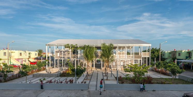 UH Puente Moreno, Veracruz, Veracruz. Rozana Montiel | Estudio de Arquitectura Fotografía: Jaime Navarro