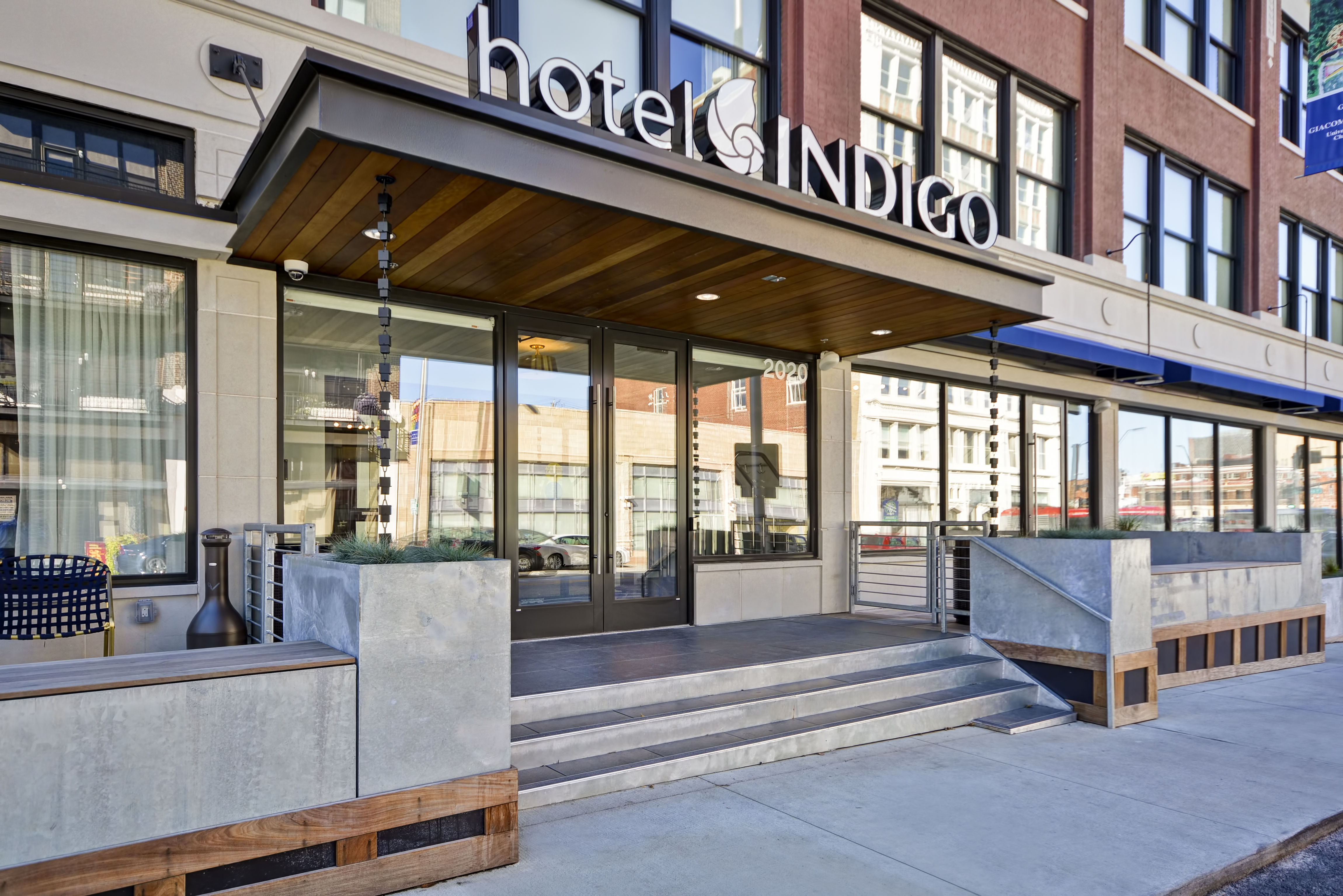 Hotel Indigo - Crossroads