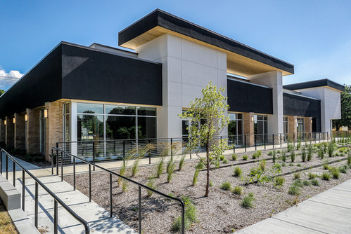 8505 COLLEGE BLVD. - FLEXIBLE LEASE SPACE