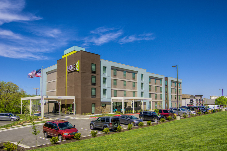 Home2 Suites - Kansas City, KS