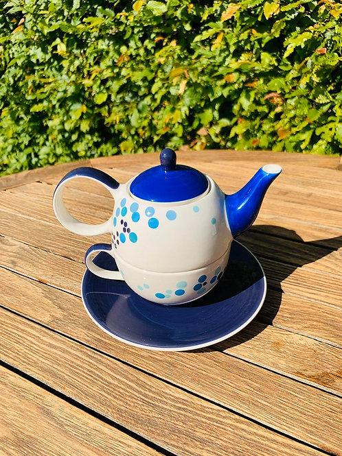 Tea-for-one licht blauwe stip