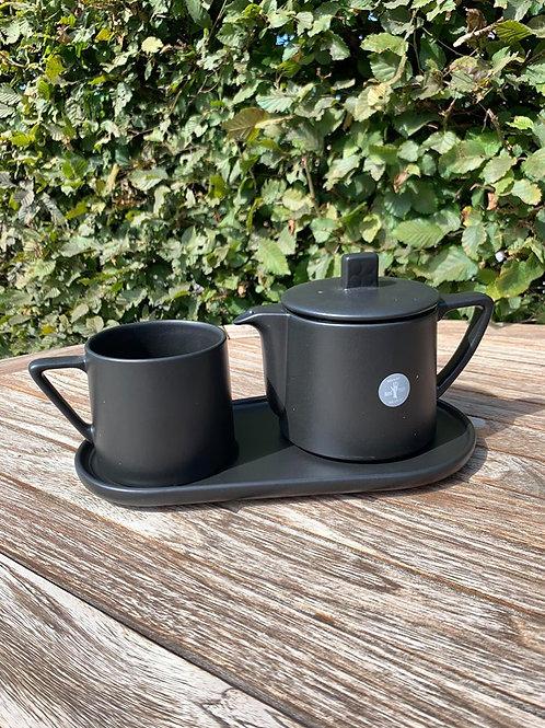 Tea for one met dienbladje zwart