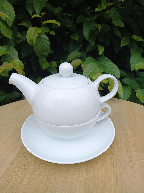 Tea for one wit porselein
