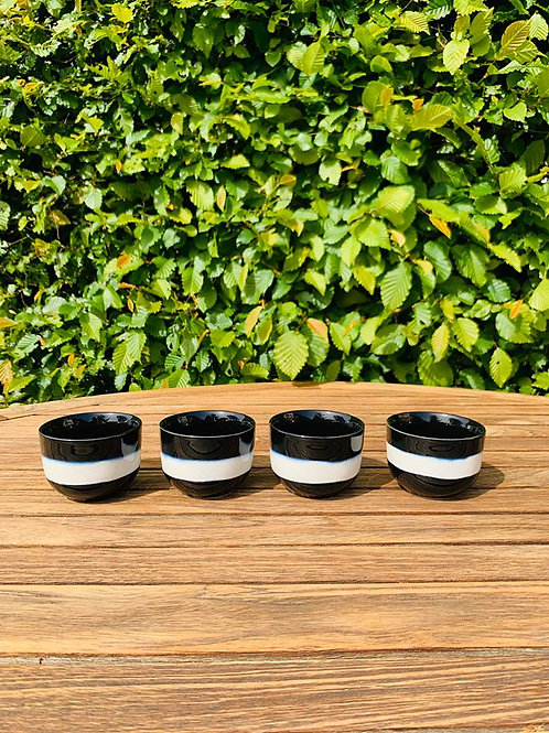 Teacups Japans black white
