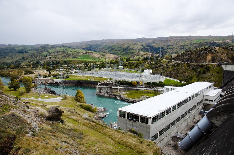 Roxburgh Dam - New Zealand.jpg