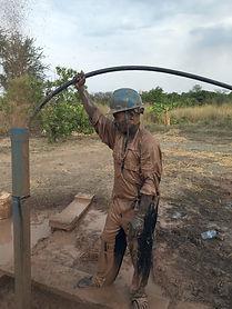 Go Drill Worker Running Line