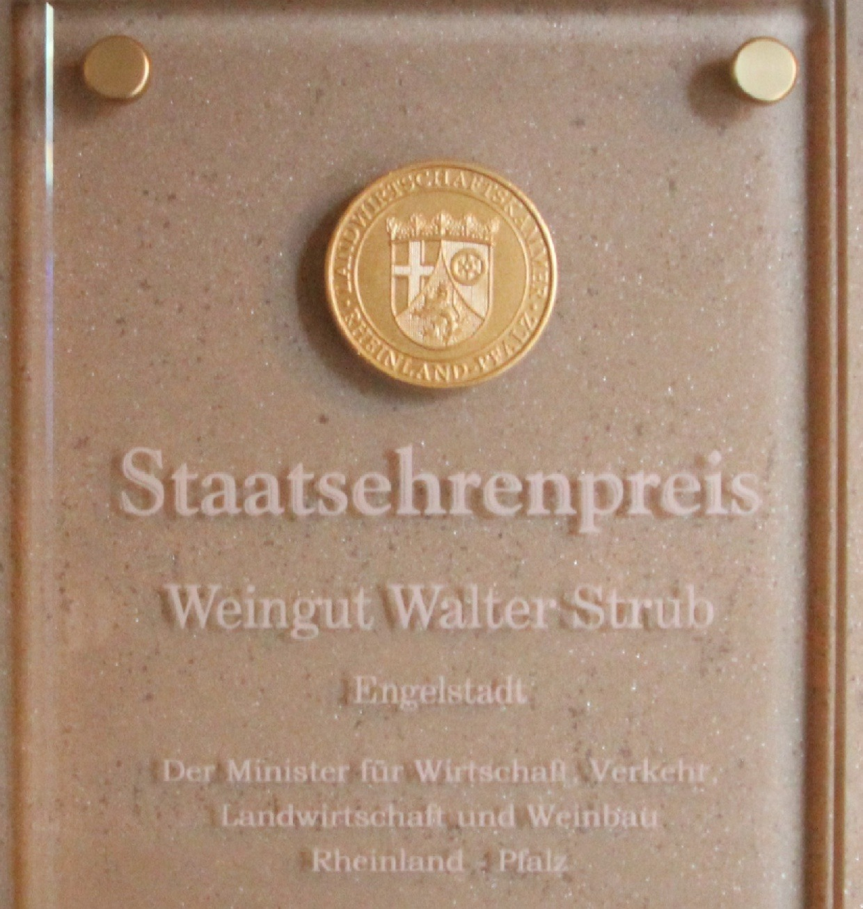Staatsehrenpreis_edited