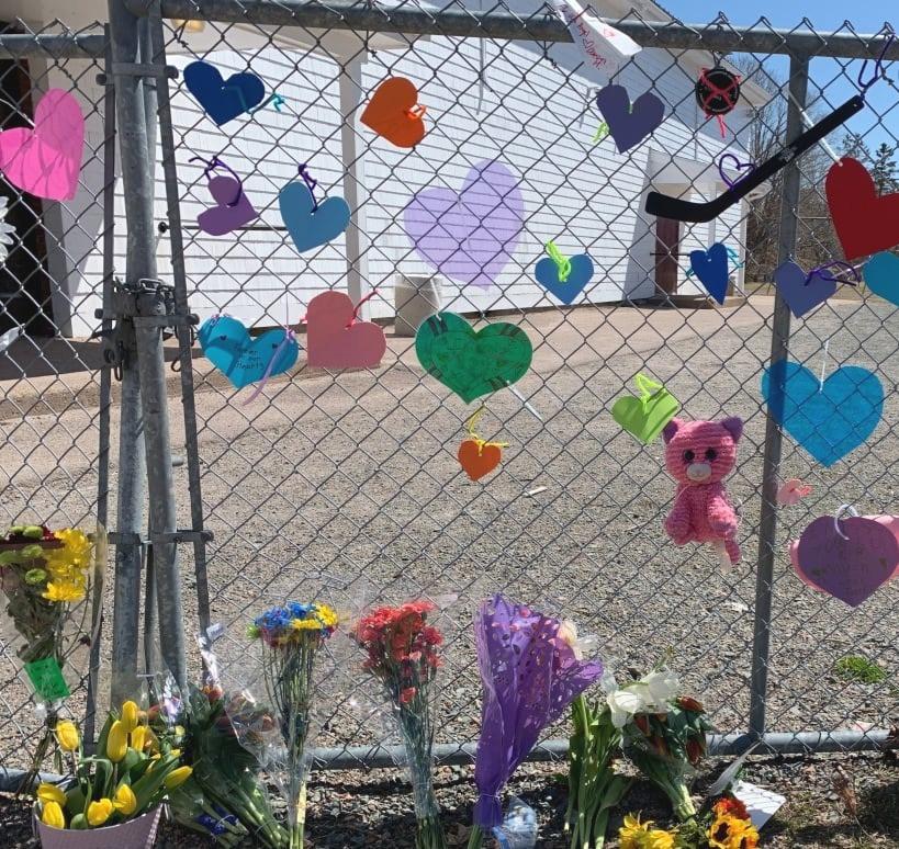debert-elementary-school-grieving-flowers-hearts