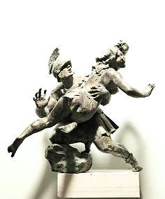 Похищение собинянок.Скульптор Владимир Курочкин