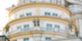 """12 античных скульптур дом """"Патриарх"""" на Патриарших.Москва. Скульптор Владимир Курочкин. сайт скульптора: vladkurochkin.ru"""