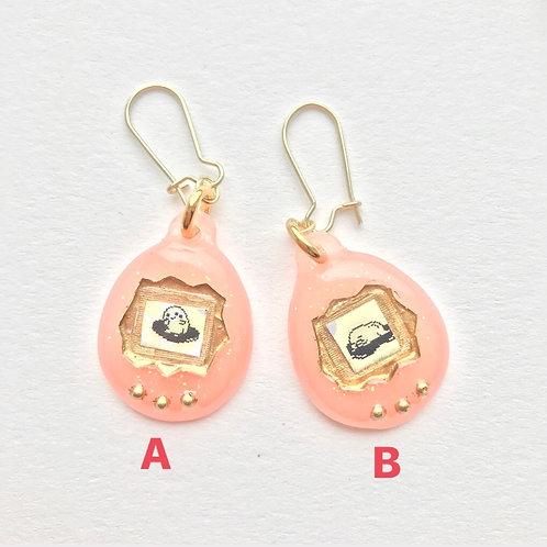 Virtual Pet Earring in Baby Pink