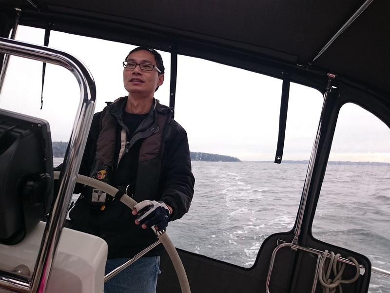 3. 杨帆前进, 船是倾斜的, 不是拍照技术不好哦