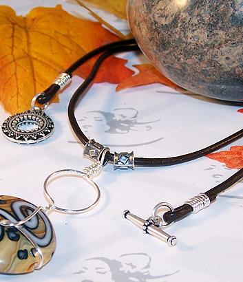 Easy DIY Wire-Wrap Necklace Tutorial