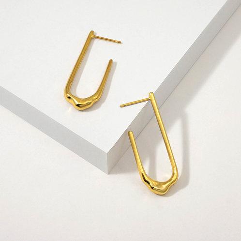 Wavy Oval Hoops | Gold | Earrings
