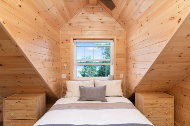 Lakeviews from Muskoka cottage bedroom
