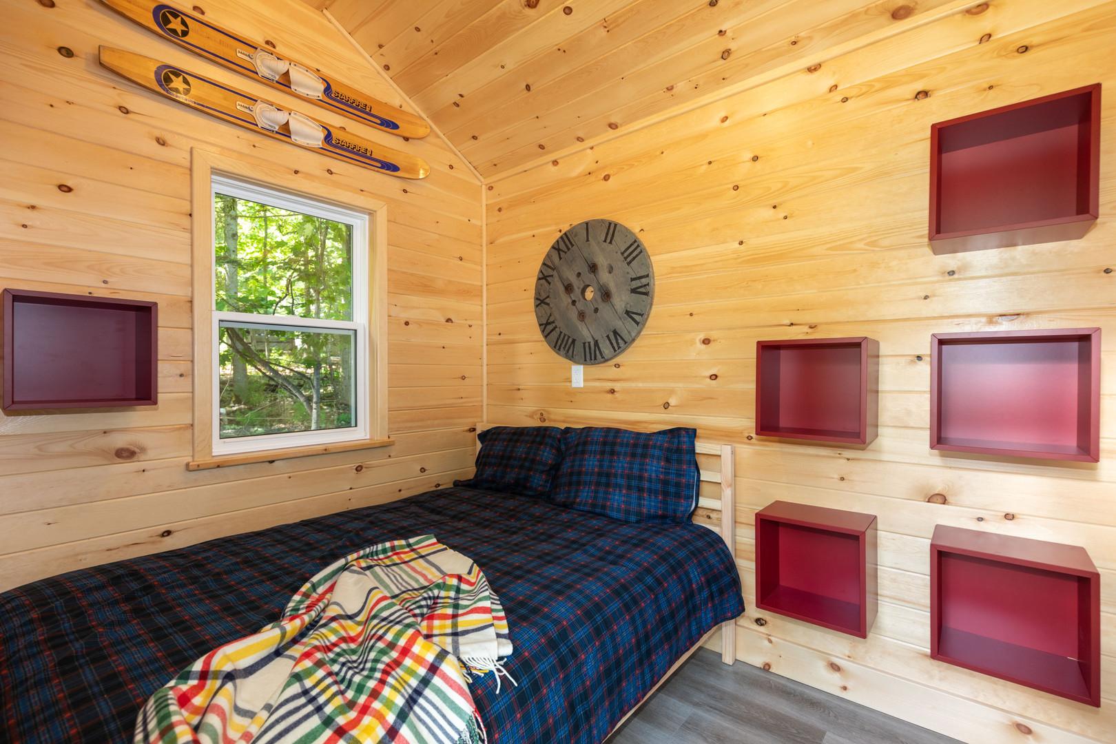 Muskoka lakeside cabin