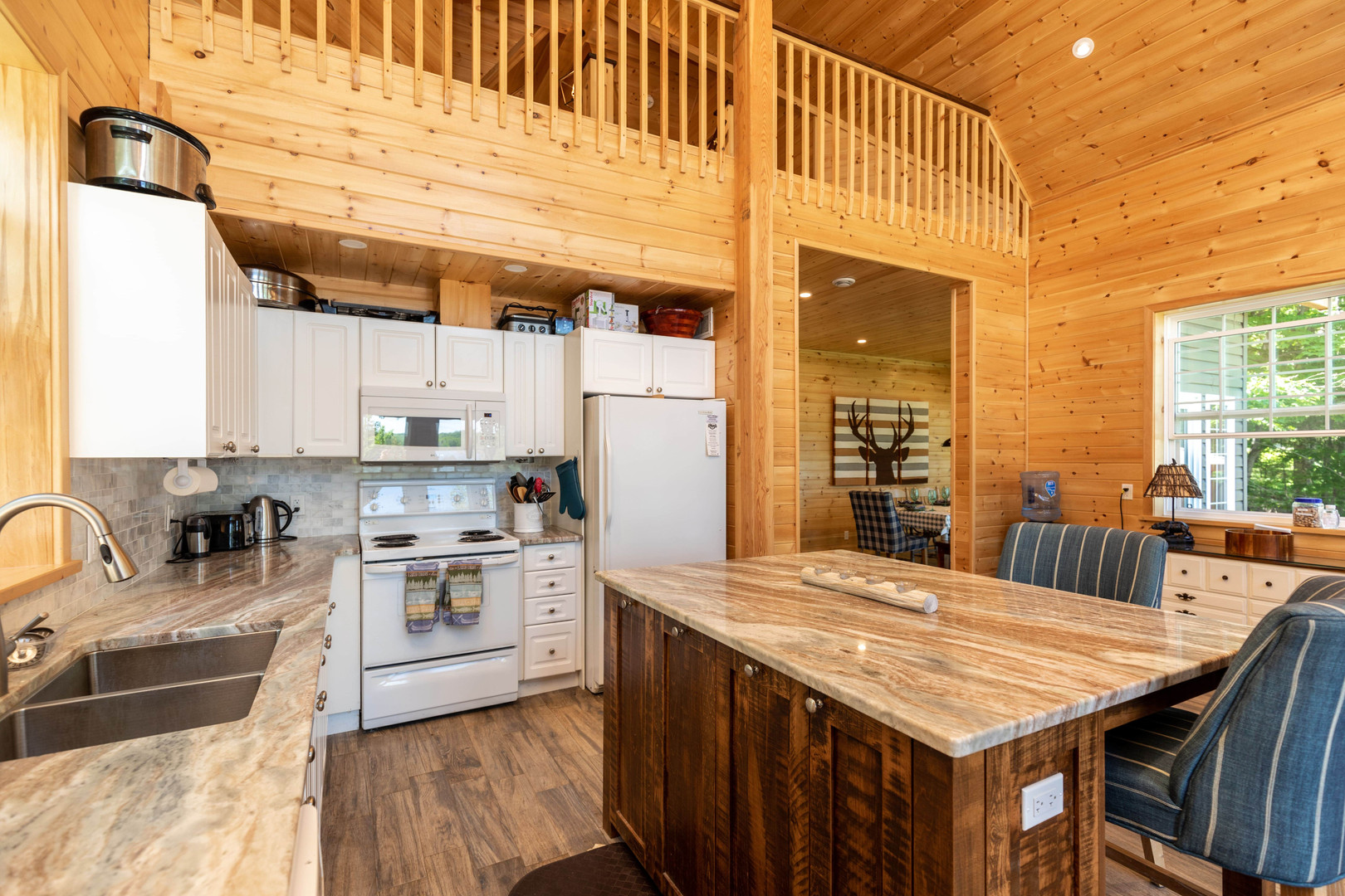 Muskoka cottage with open concept kitchen