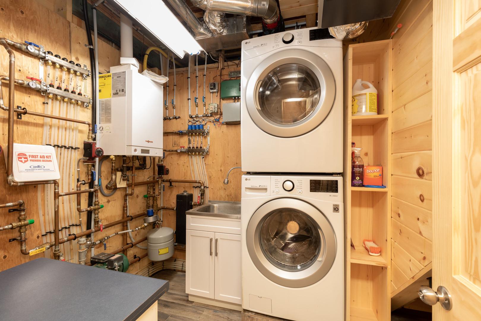Cottage rental laundry